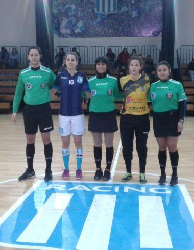 Se mantiene en la pelea - Triunfo del futsal femenino - La Comu de Racing Club