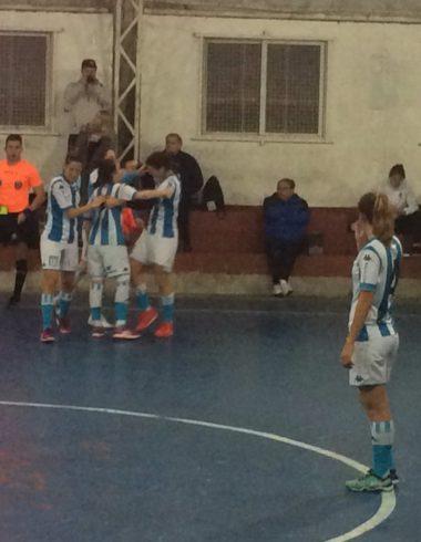 Racing avanzó por penales - El futsal femenino sigue adelante - La Comu de Racing