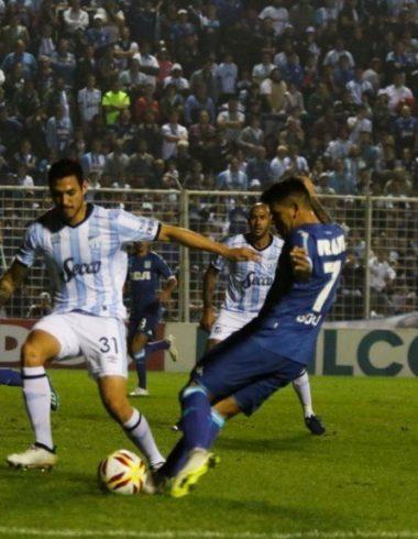 Se perdieron dos puntos - La Comu de Racing Club - Empate en Tucumán