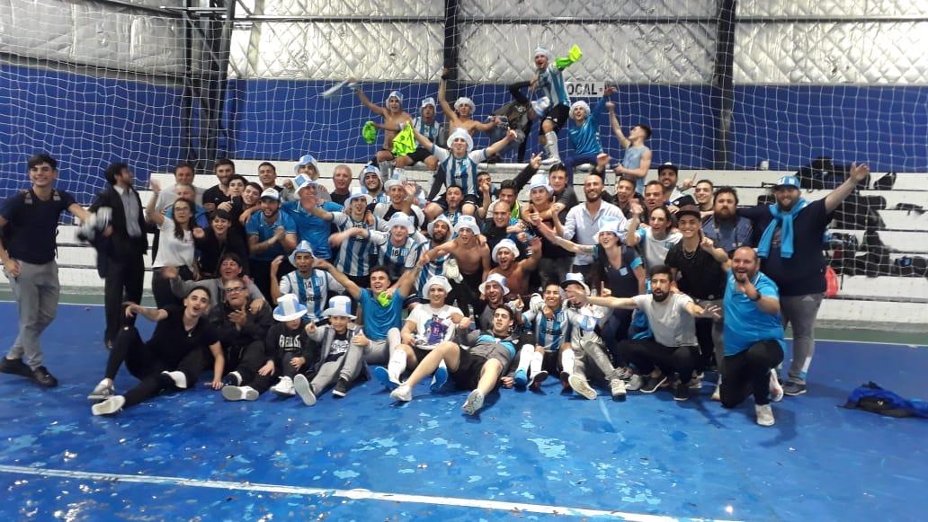 ¡Dale campeón! - La Comu de Racing Club - El Futsal es de Primera