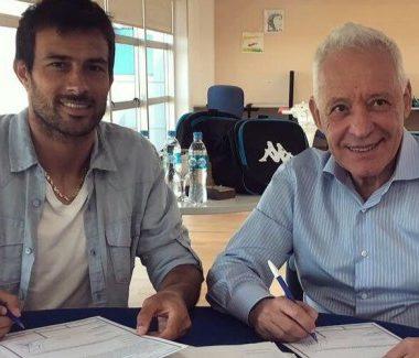 """Perfil de Darío Cvitanich: """"El arte del goleador simple"""" La Comu de Racing"""