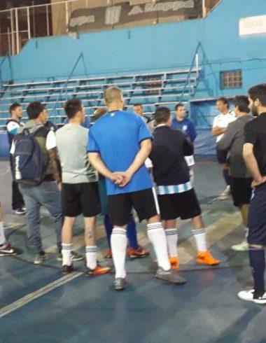 ¡Arrancaron las pruebas del Futsal Senior! - La Comu de Racing Club