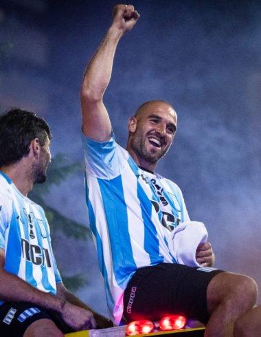 La locura del campeón - La Comu de Racing Club - Lisandro López