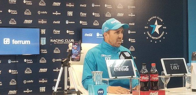 """""""Soy muy feliz en Racing"""""""