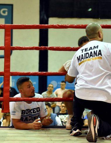 Festival de boxeo con debut en Racing