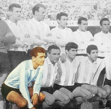 Hace 28 años falleció Oreste Osmar Corbatta, ex wing derecho. Fue bicampeón (1958 y 1961) y considerado uno de los mejores de la historia en su puesto.