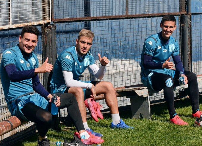 Racing quiere traer la clasificación de Uruguay