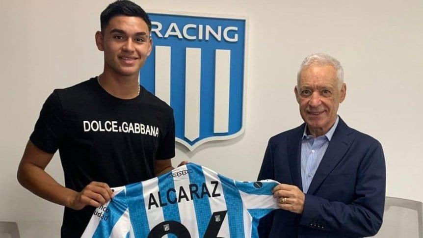 Racing blindó a Carlos Alcaraz