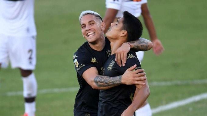 """Si viene Palmeiras por Copetti, lo hablaremos"""