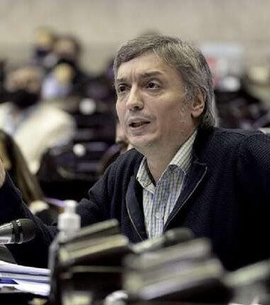 Máximo Kirchner respaldó a Víctor Blanco